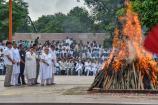 மறைந்த முன்னாள் பிரதமர் வாஜ்பாய் உடல் தகனம்