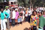 சத்தீஸ்கர் வாக்குப்பதிவு: நக்சல்கள் வெடிகுண்டு தாக்குதல்