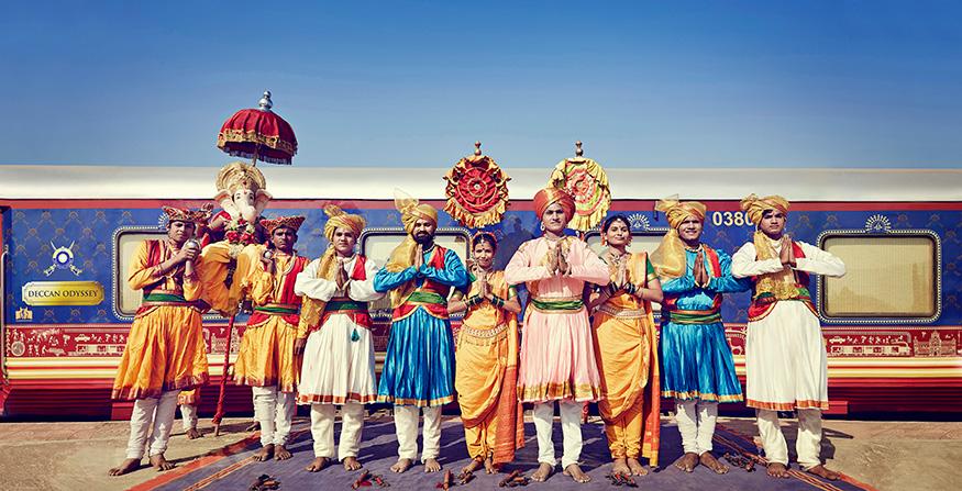 உள்ளூர் கலைஞர்களின் கலை நிகழ்ச்சியுடன் பயணிகள் வரவேற்கப்படுவார்கள். (Image: Special Arrangement)