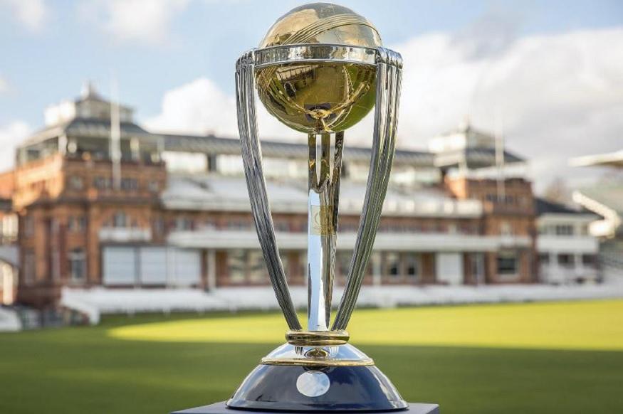 உலக கோப்பை 2019 கிரிக்கெட் போட்டிகள் மே 30-ம் தேதி முதல் தொடங்கி நடைபெறுகிறது. இதில் யார் வெற்றி பெறுவார்கள், இந்தியா மீண்டும் கோப்பையை பெறுமா என்று கேள்விகள் எழுந்து வருகின்றனர்.