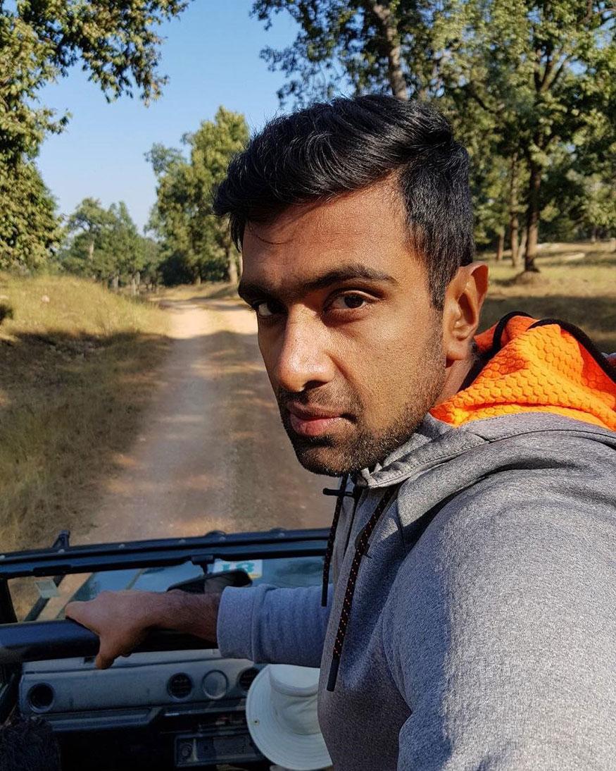 பெயர்: ரவிச்சந்திரன் அஸ்வின், தொழில்: கிரிக்கெட், 2018ன் வருவாய்: ரூ 18.9 கோடி. (Image: Instagram)