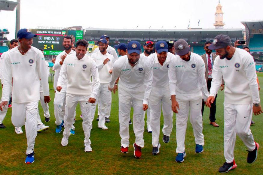 ஆஸ்திரேலியாவுக்கு எதிரான டெஸ்ட் வெற்றியை டான்ஸ் ஆடிக் கொண்டாடிய இந்திய வீரர்கள். (ICC )