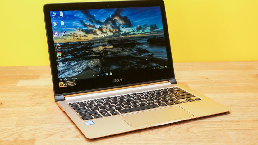 Acer Swift 7 தொடக்க விலை 95,999 ரூபாய் ஆக உள்ளது. 14 இன்ச் டிஸ்ப்ளே, 9 மணி நேரம் தாங்கும் பேட்டரி கொண்டுள்ளது.