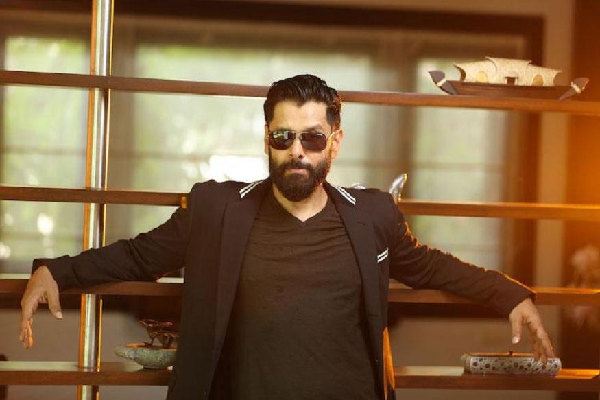 நடிகர் விக்ரம் ஆதித்ய கரிகாலனாக நடிக்க இருப்பதாக தகவல் வெளியாகியுள்ளது.