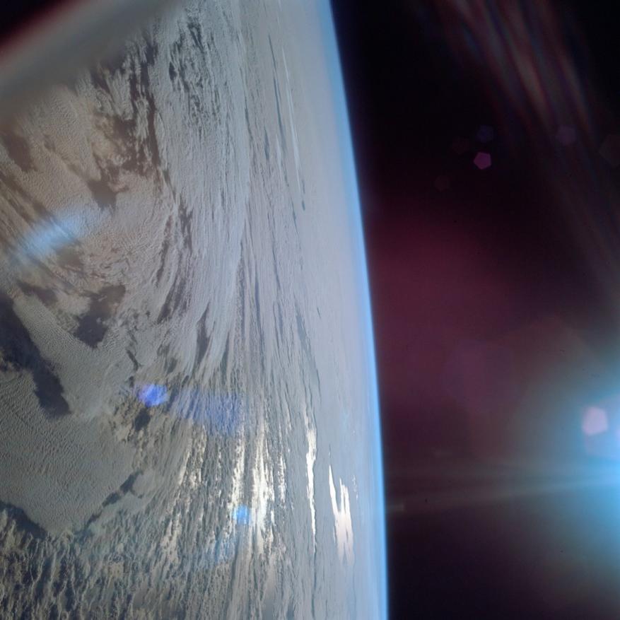 விண்வெளியில் இருந்து எடுக்கப்பட்ட புவியின் புகைப்படம்(Image: NASA/AP)