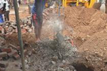 EXCLUSIVE VIDEO | கை வைத்தாலே உதிரும் அங்கன்வாடி கட்டிடம்