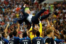 கோப்பையை வெல்ல காரணமாக இருந்த பிரான்ஸ் பயிற்சியாளர் டெஸ்சாம்பஸ்!