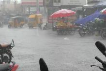 சென்னையில் கனமழை... மகிழ்ச்சி வெள்ளத்தில் பொதுமக்கள்