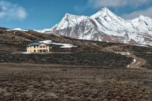 தேர்தலில் ஒரு சுவாரஸ்ய விநோதம் - உலகின் மிக உயரமான வாக்குச்சாவடியில் 143% வாக்குப்பதிவு!