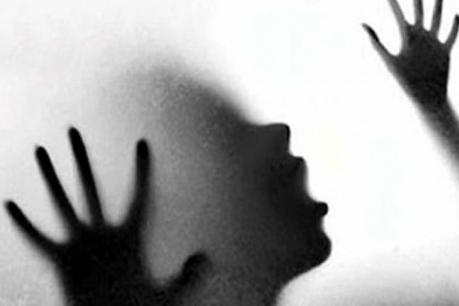 பாகிஸ்தானில் இந்து பெண்களை கடத்தி மதம் மாற்றம்?