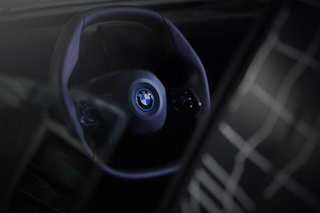 BMW-ன் முதல் எலெக்ட்ரிக் கார் 'iNext' ஃபர்ஸ்ட் லுக்..!